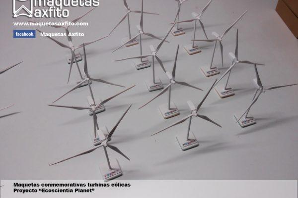 Elaboración de maquetas conmemorativas mini aerogeneradores