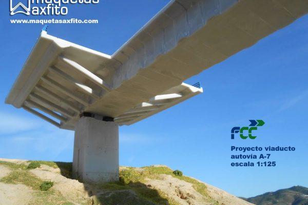 Maquetas conmemorativas para la inauguración del viaducto Taramay – Lobres autovia A-7