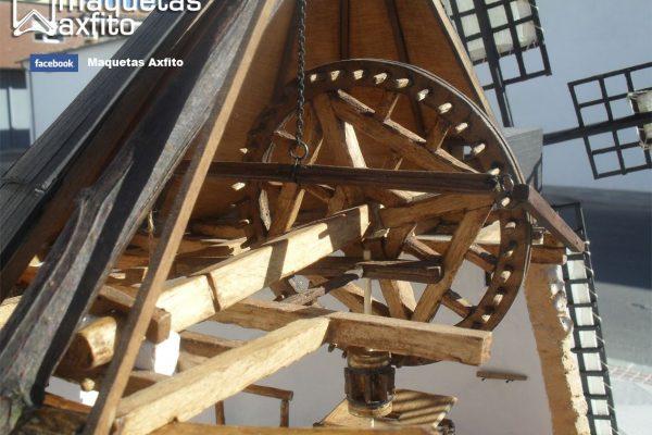 Maqueta molino de viento manchego del S.XVI versión funcional