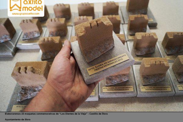 """23 Maquetas conmemorativas """"Los Dientes de la Vieja"""" Castillo de Íllora"""