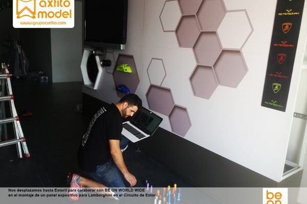 Colaboración con Be On en montaje y desmontaje de panel expositivo Lamborghini – Estoril